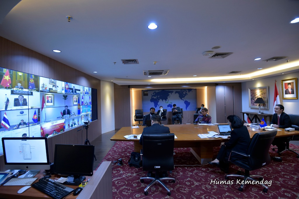 Special ASEAN Economic Ministers' Video Conference Meeting on Covid-19 Response dan Special ASEAN Plus Three Economic Ministers' Video Conference Meeting on Covid-19 Response